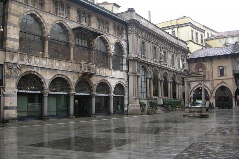 Plaza de los Mercaderes en Milán