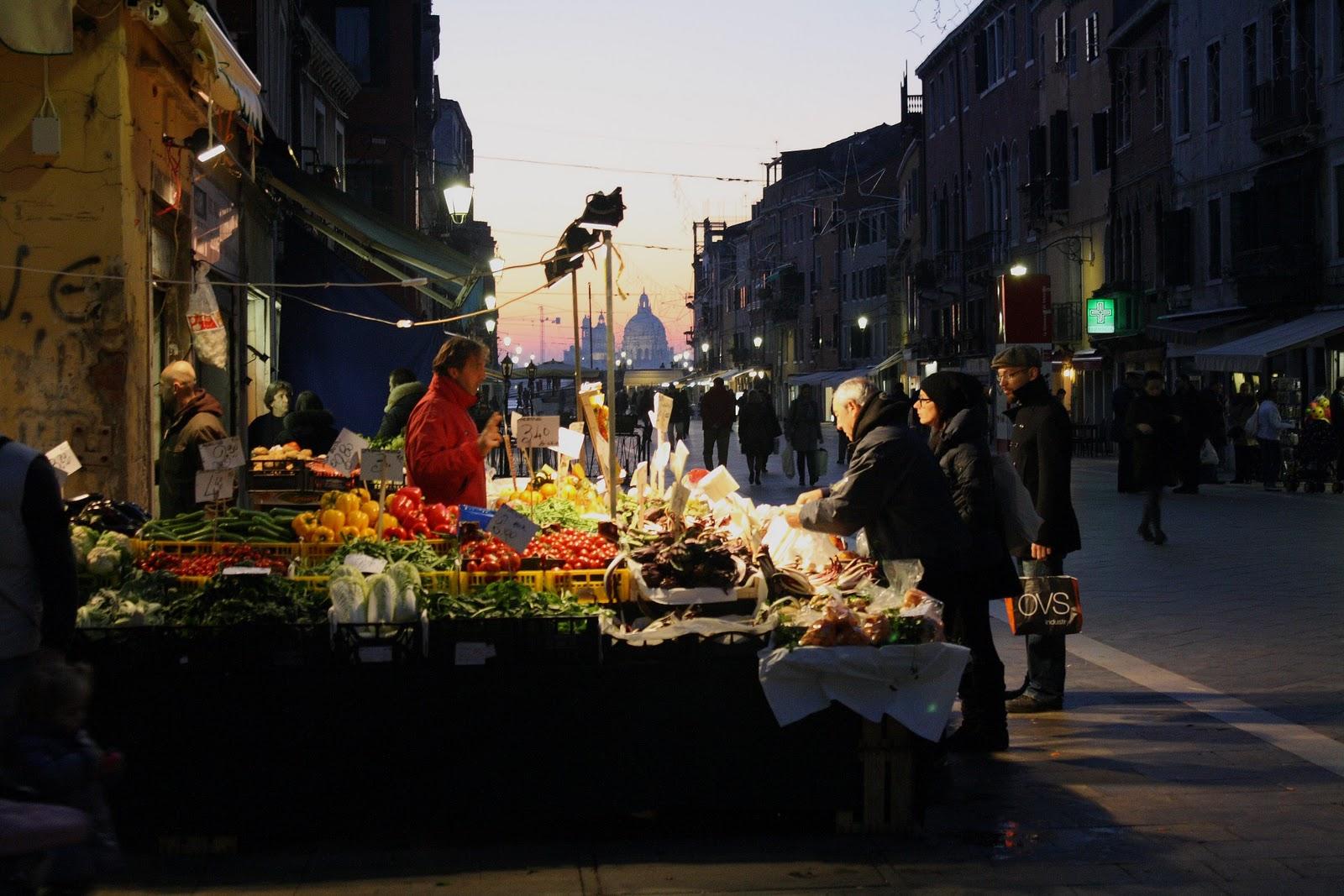 Mercado Via Garibaldi de Venecia