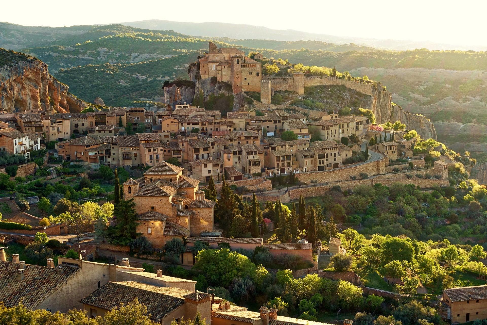 Las Ciudades más Románticas de España - Alquezar, España