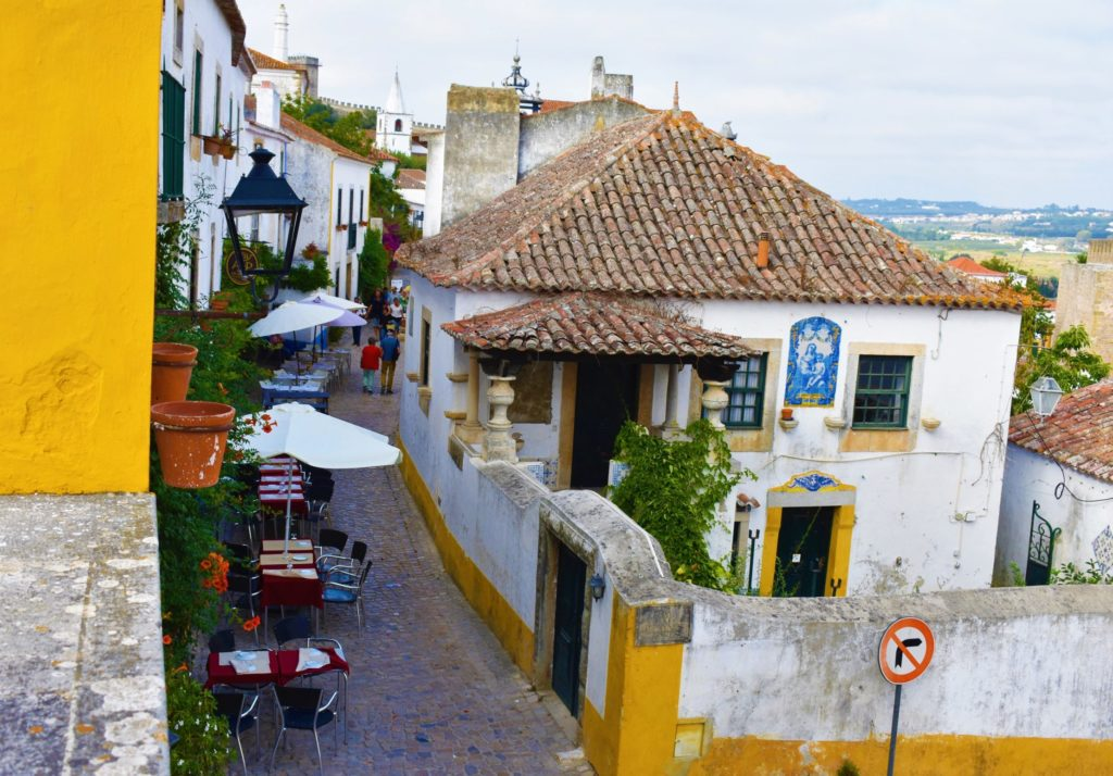 Óbidos is one of the prettiest and most romantic little Portuguese towns