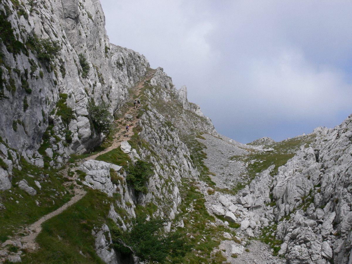 Ruta hacia la cueva de San Adrián